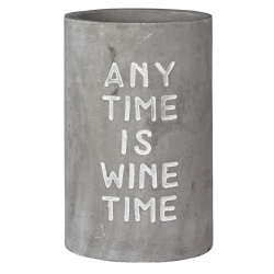 Weinkühler aus Beton mit schicker Prägung Any Time is Wine Time
