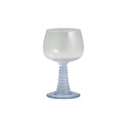 Gorm Römer Weinglas mit hellblauem Fuß von NORDAL